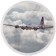 B17- Yankee Lady Round Beach Towel