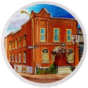 Bagg And Clark Street Synagogue Round Beach Towel