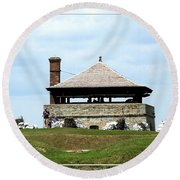 Bake House At Old Fort Niagara 2 Round Beach Towel