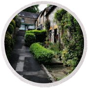 Bakewell Country Terrace Houses - Peak District - England Round Beach Towel