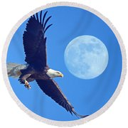 Bald Eagle And Full Moon Round Beach Towel
