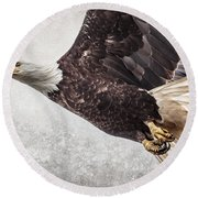 Bald Eagle Fly By Round Beach Towel