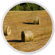 Bales In The Golden Hour Round Beach Towel