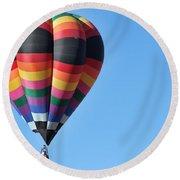 Balloon 2 Round Beach Towel