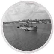Baltimore Harbor In Black And White Round Beach Towel