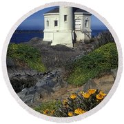 Bandon Lighthouse Round Beach Towel