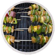 Barbeque Kabobs On Grill Round Beach Towel