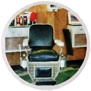 Barber - Barber Chair Front View Round Beach Towel