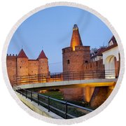 Barbican In The Old Town Of Warsaw Round Beach Towel