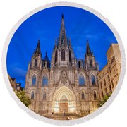 Barcelona Cathedral At Night Round Beach Towel