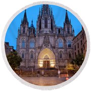 Barcelona Cathedral In The Evening Round Beach Towel