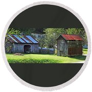 Barn And Chicken Coop Round Beach Towel