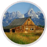 1m9394-barn And The Tetons Round Beach Towel