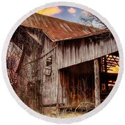 Barn At Sunset Round Beach Towel