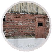 Barn Door In Winter Round Beach Towel