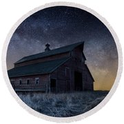 Barn V Round Beach Towel