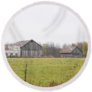 Barns In The Mist Round Beach Towel