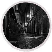 Bars In The Alley Round Beach Towel