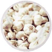 Basket Of Garlic Round Beach Towel