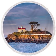 Battery Point Lighthouse Morning Round Beach Towel