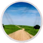 Battle Creek Road From The Saddle Round Beach Towel