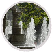 Battle Fountain Round Beach Towel