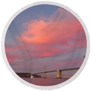 Bay Bridge Sunset Round Beach Towel