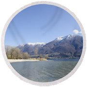 Beach With Mountain Round Beach Towel