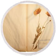 Beautiful Dried Vintage Flowers Round Beach Towel