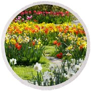 Beautiful Garden Round Beach Towel