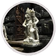 Beauty Of Bali Indonesia Statues 1 Round Beach Towel