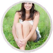 Beauty Portrait Round Beach Towel
