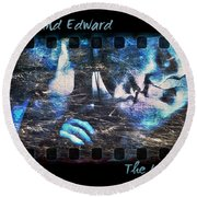 Bella And Edward - The Icy Kiss Round Beach Towel
