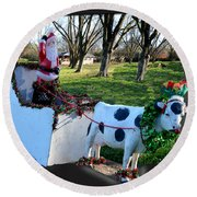 Betsy The Red Nose Moo-cow Round Beach Towel