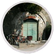 Bicycle Stop Round Beach Towel