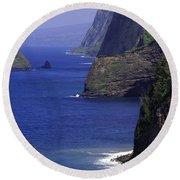 Big Island Cliffs  Round Beach Towel