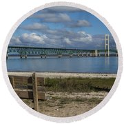 Big Mackinac Bridge 72 Round Beach Towel