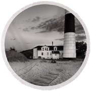 Big Sable Point Lighthouse In Black And White Round Beach Towel