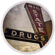 Big State Drugs Irving Round Beach Towel