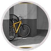 Bike With Frame Round Beach Towel