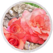 Birdbath Roses Round Beach Towel