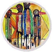 Birds 738 - Marucii Round Beach Towel