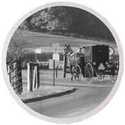 Black And White Amish Horse And Buggy Round Beach Towel