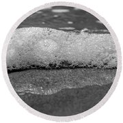 Black And White Beach Bubbles Round Beach Towel