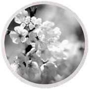 Black And White Blossoms Round Beach Towel