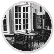 Black And White Cafe Round Beach Towel