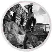 Black And White Candlestick Round Beach Towel