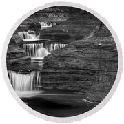 Black And White Cascade Round Beach Towel