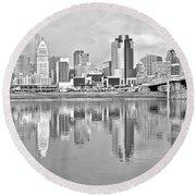 Black And White Cincinnati Panoramic Round Beach Towel