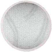 Black And White Grainy Background Round Beach Towel
